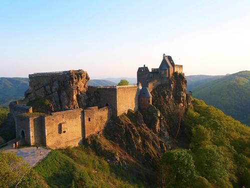 руины замка Аггштайн